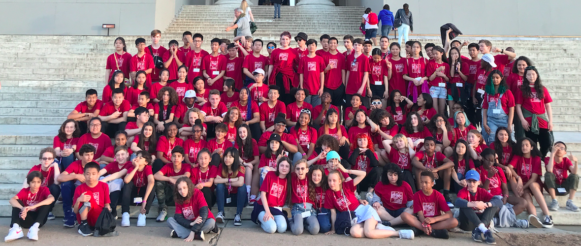 Group photo of 8th graders outside the Washington Monument